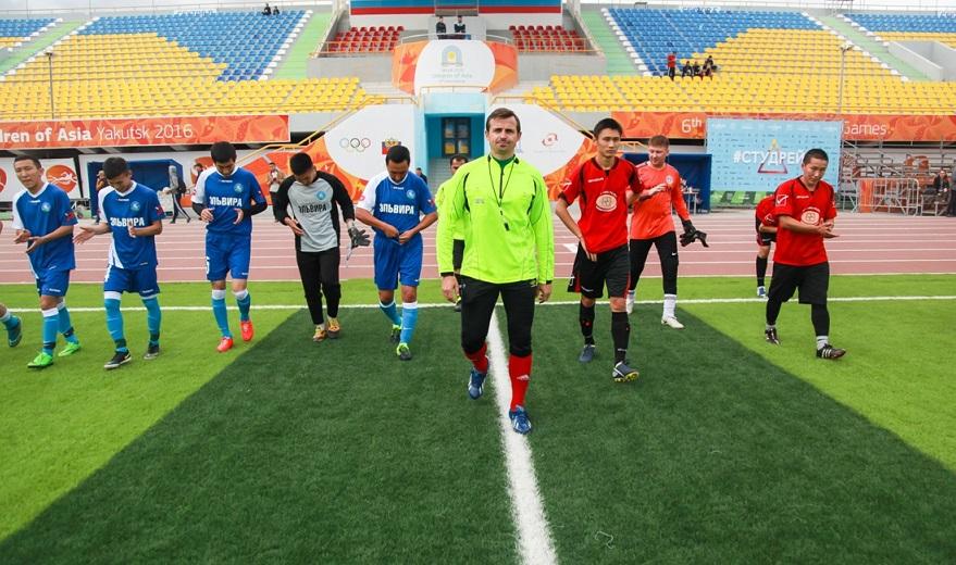Соскучились по футболу… Когда в Якутске возобновятся чемпионаты?