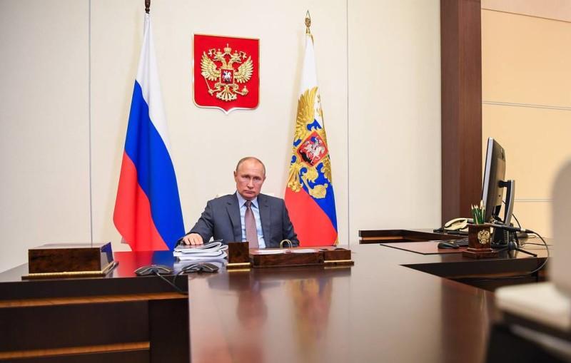 Путин одобрил план кабмина как основу для восстановления экономики