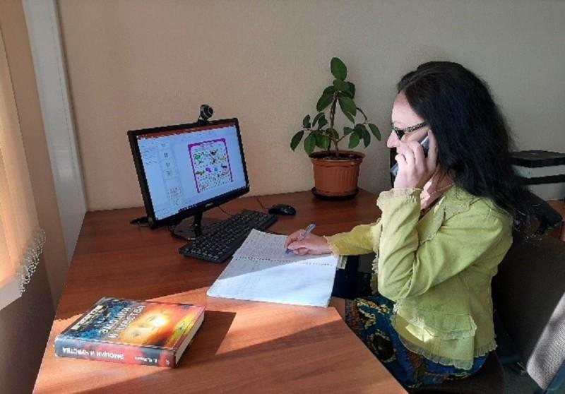 Служба доверия. Как психологи помогают жителям Мирнинского района во время пандемии