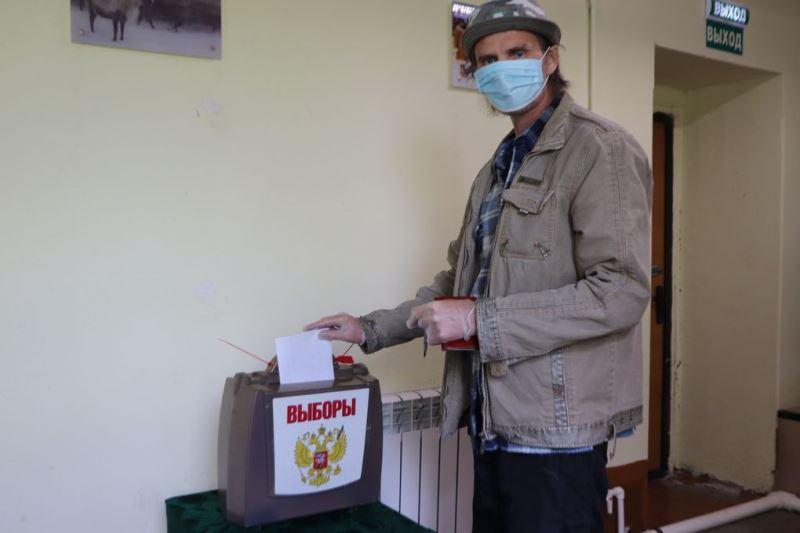 В Нижнеколымском районе проголосовали более половины избирателей
