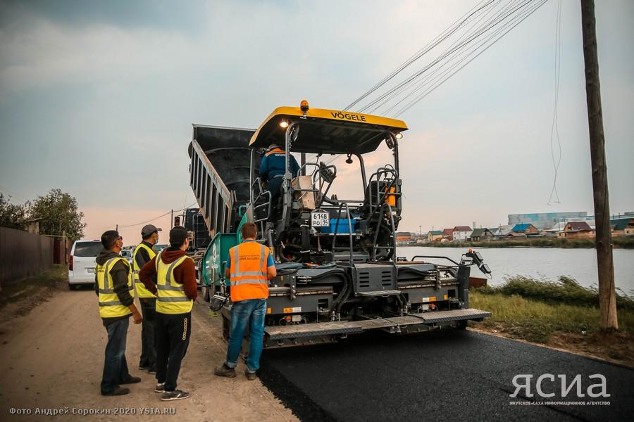 Премьер Якутии поздравляет с Днём работников дорожного хозяйства
