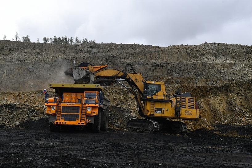 На добычу угля на Эльгинском месторождении в Якутии будут привлекать местные кадры