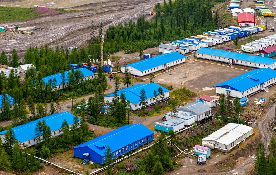 Эльгауголь начал модернизацию вахтового поселка Эльгинского угольного комплекса