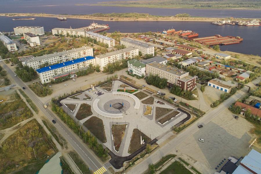 Образ штурвала. В Жатае состоялось открытие обновленной центральной площади