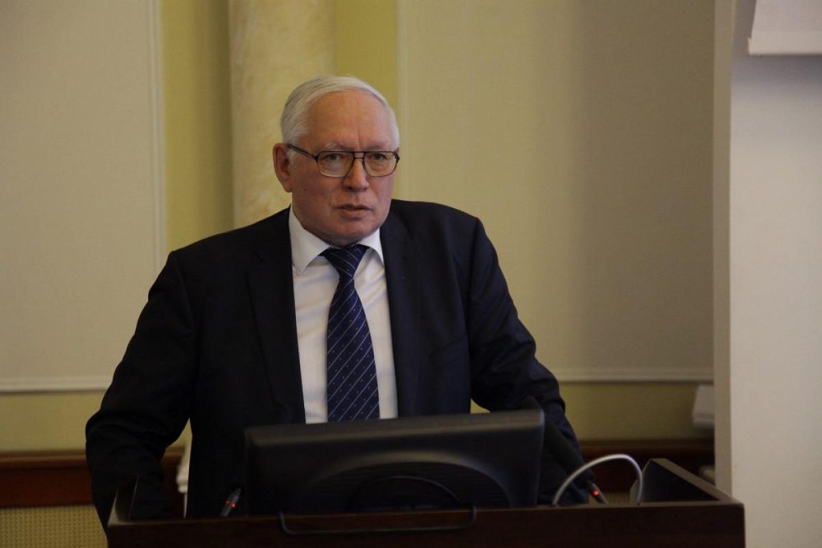Минэкономики Якутии стало авторитетным участником федеральных инициатив и отношений - Александр Кугаевский