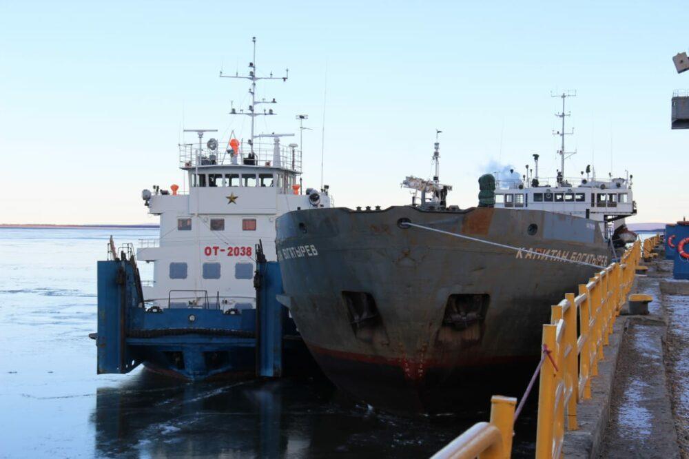 Дневник навигации: «Капитан Богатырев» зимует на Колыме