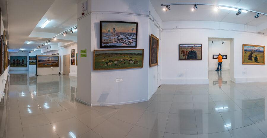 Картинную галерею Афанасия Осипова оцифруют
