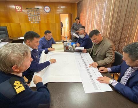 Тикси может стать центром снабжения всей Якутии через Северный морской путь - Андрей Тарасенко