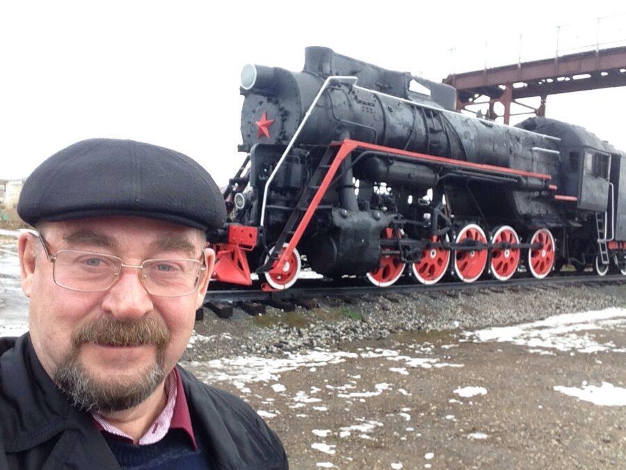 Железнодорожники поздравляют Владимира Членова с юбилеем