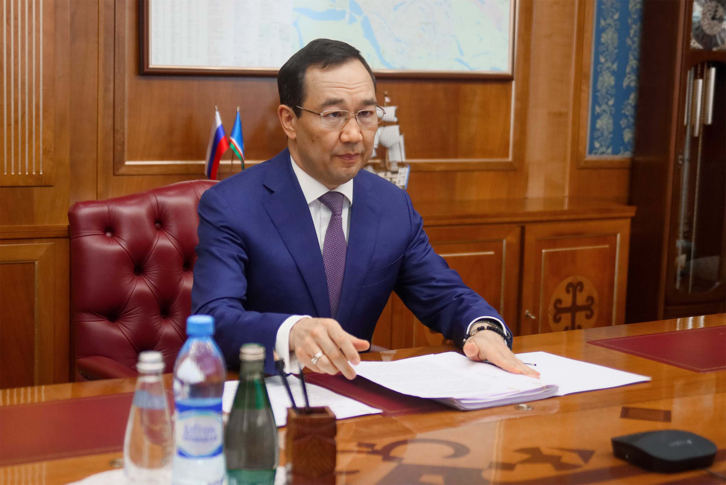 Айсен Николаев рассмотрел ход реализации проекта «Эффективный регион»