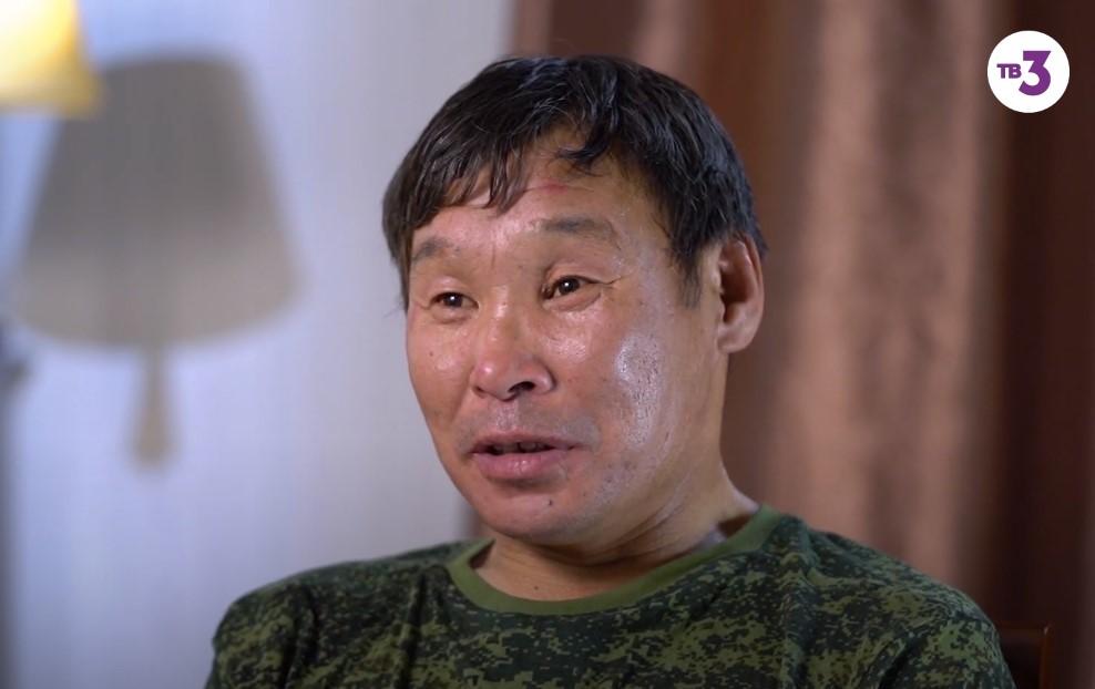 В проекте «Вернувшиеся» оленевод Егор Кривошапкин рассказал историю выживания в тундре