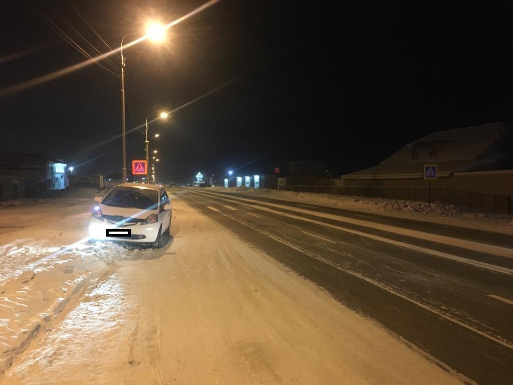 В  Якутске под колеса автомобиля попали четыре пешехода, один из них ребенок