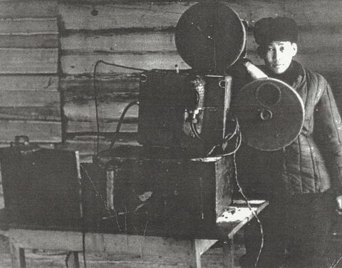 Сотни ценных кино- и видеоматериалов хранятся в центре аудиовизуального наследия Якутии