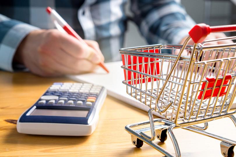 На цены влияют одновременно ослабление рубля и снижение спроса