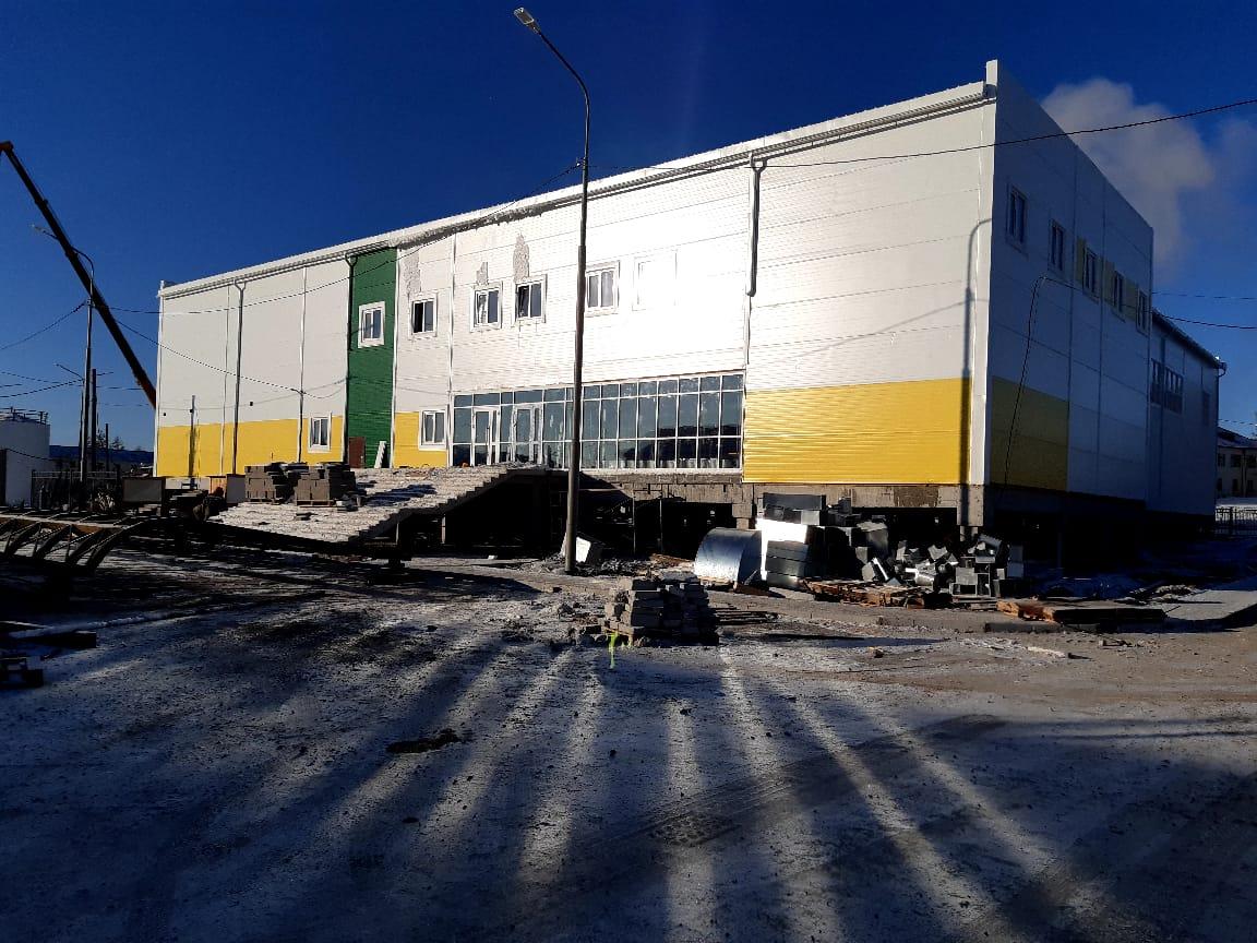Многофункциональный спортзал в селе Бердигестях Якутии откроют в декабре 2020 года