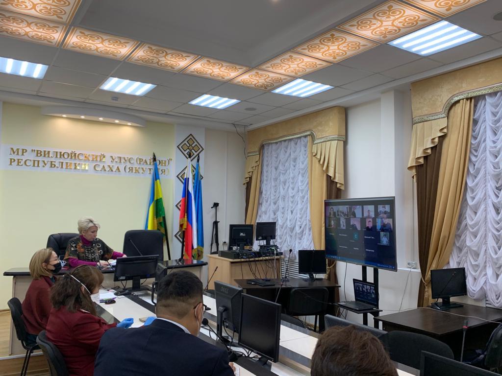 Ольга Балабкина провела заседания оперштабов в Вилюйском и Верхневилюйском районах
