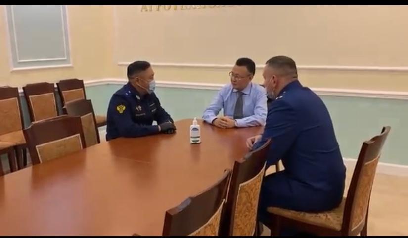 Ректора АГАТУ Ивана Слепцова задержали. Против него возбуждено два уголовных дела