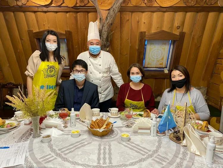 «Вкусно, полезно и экологично». Шеф-повар Николай Атласов принял участие в дальневосточном фестивале «Кухня без границ»
