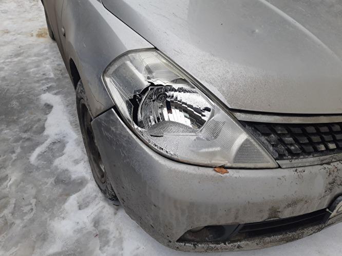 В Якутске пьяный подросток умышленно повредил несколько автомобилей