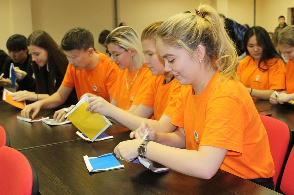 Лестница к успеху: школьники «Роснефть-классов» Якутии приняли участие в семинаре компании