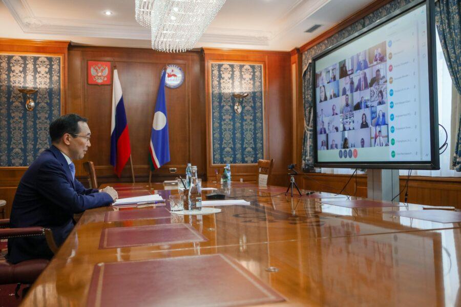 Айсен Николаев поручил доработать проект программы научно-технологического развития республики до 1 декабря