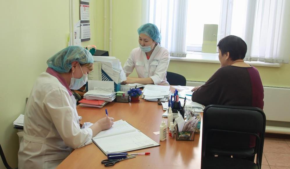 """В арктических районах Якутии по программе """"Земский доктор"""" трудоустроились свыше 180 врачей"""
