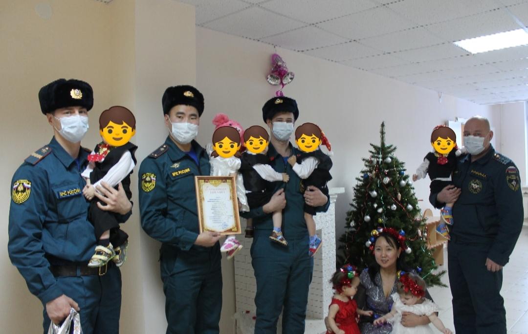 Поздравление детей на новый год