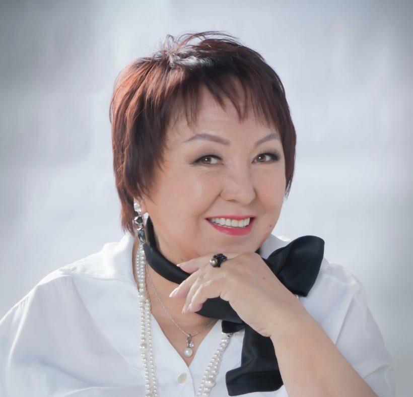 Сегодня отмечает юбилей ведущая актриса Саха театра Изабелла Николаева