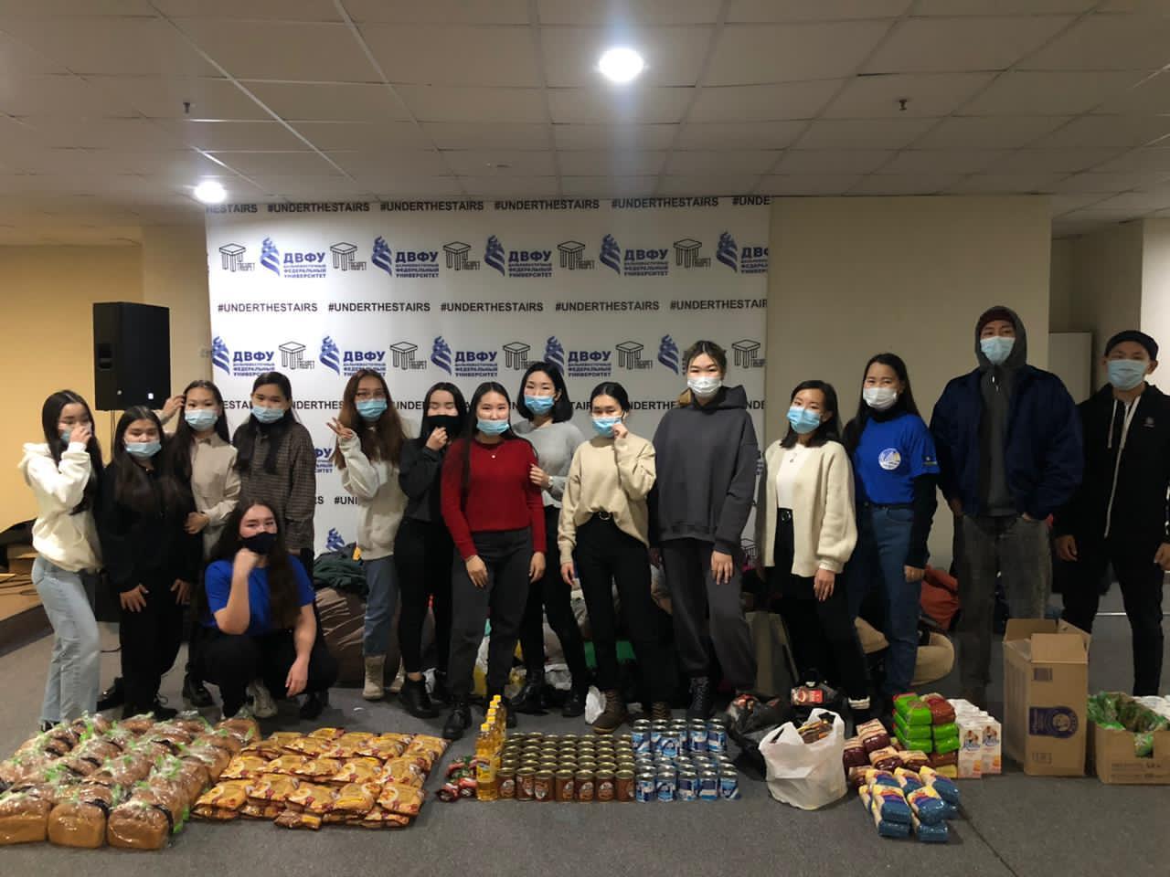 Застрявшим на острове Русский во Владивостоке студентам-якутянам оказывают помощь