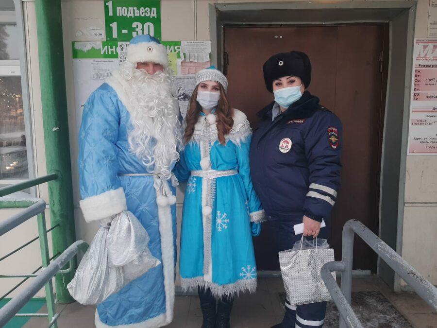 Всероссийская акция «Полицейский Дед Мороз» охватила почти все районы Якутии