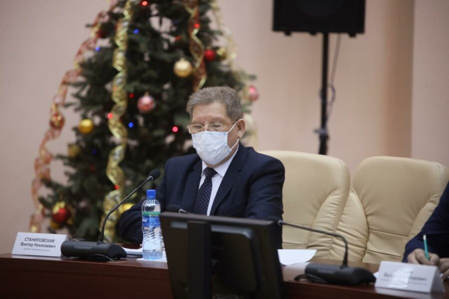 Станиловский. Айсен Николаев провёл заседание оперативного штаба в Нерюнгринского районе