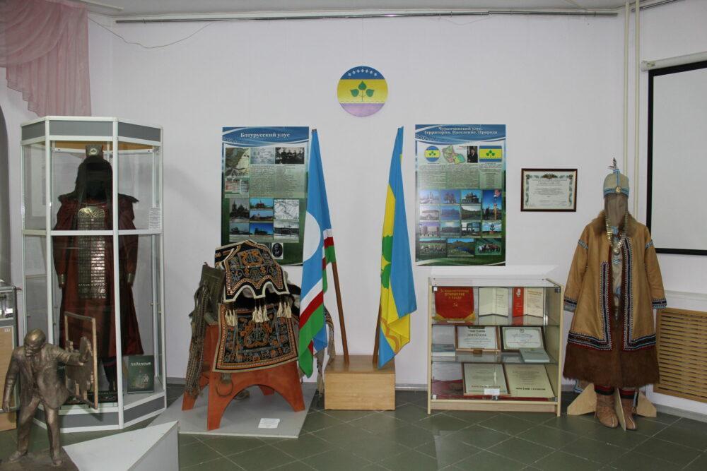 Выставка «Чурапчинский улус: сохраняя наследие, продолжая традиции» открылась в Якутске