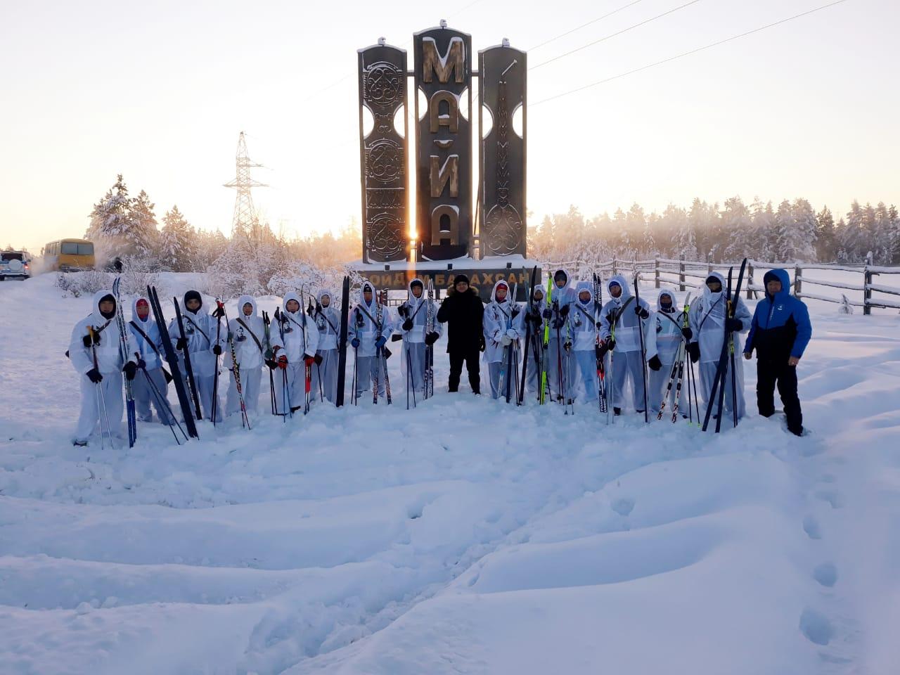 Спортсмены Мегино-Кангаласского района пробежали на лыжах в честь дня рождения героя войны Федора Попова