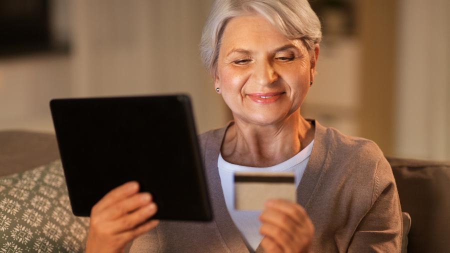 Следующая дистанция: удаленное оформление пенсий продлят на 2021 год