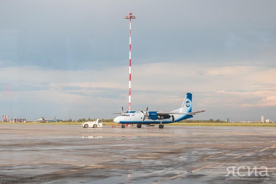 Айсен Николаев: ремонт взлетно-посадочной полосы аэропорта Нерюнгри будет закончен в этом году