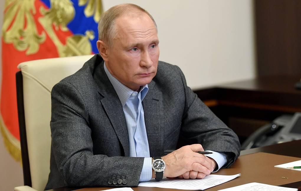 Путин подписал закон о продлении срока выплаты накопительной пенсии на полгода в 2021 году