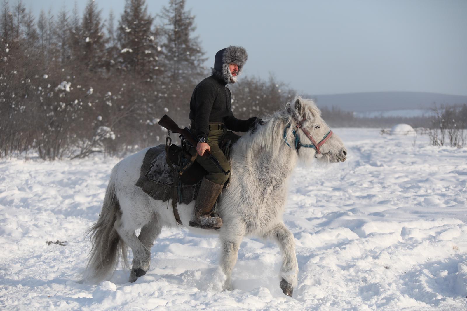 Путешественники-экстремалы доберутся из Якутии до Лондона на лошадях