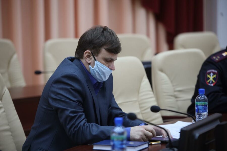 Айсен Николаев провёл заседание оперативного штаба в Нерюнгринского районе