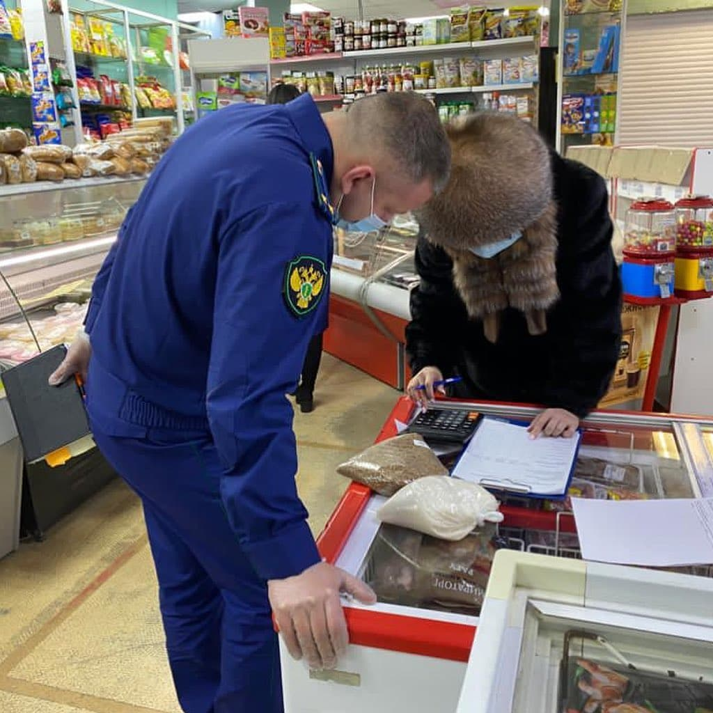Прокуратура проверяет цены на продукты в магазинах Якутска