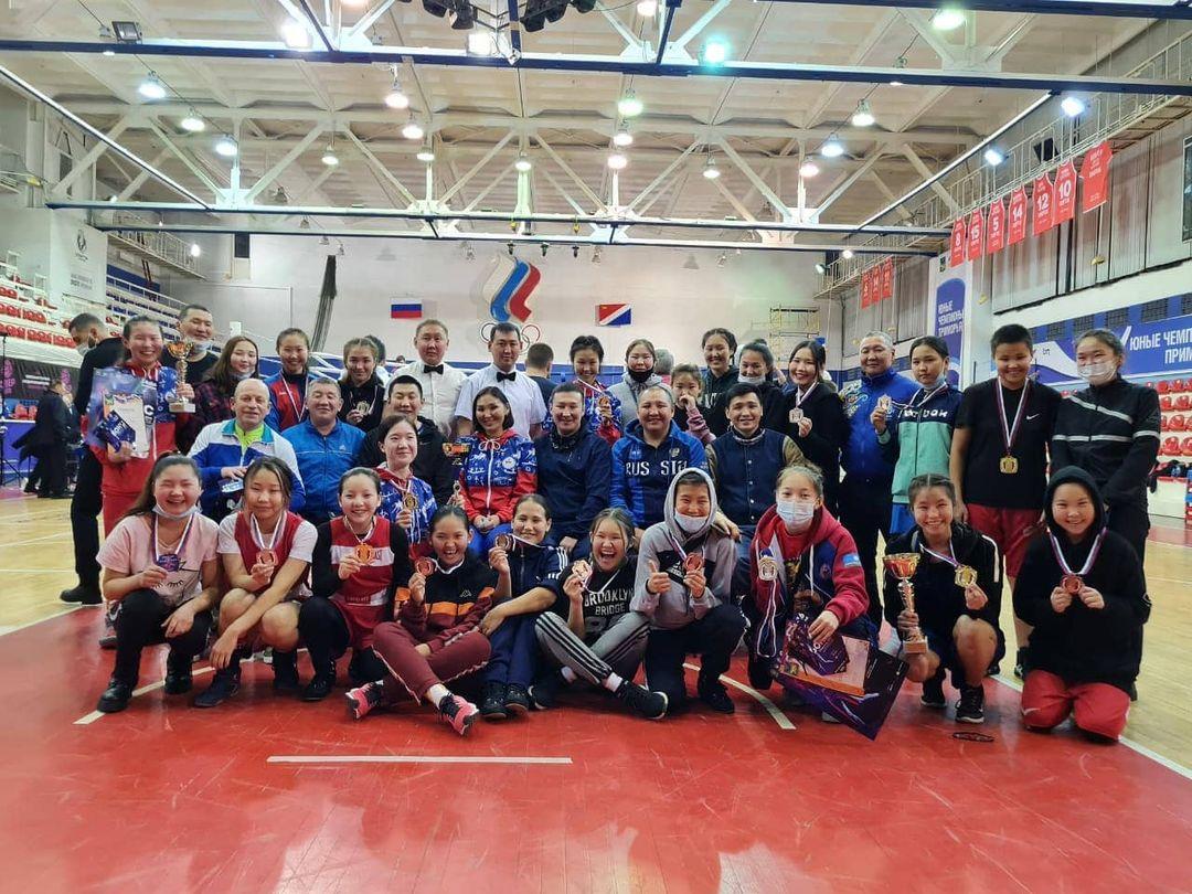 Семь якутянок стали победительницами первенства ДФО по боксу