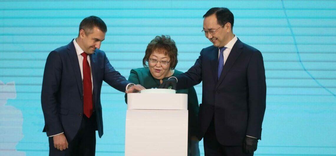 Айсен Николаев: В этом году поставлена задача построить свыше двух тысяч километров оптоволоконной линии