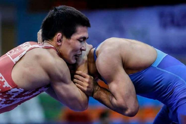 На ковер чемпионата Белоруссии по вольной борьбе выйдут якутские спортсмены