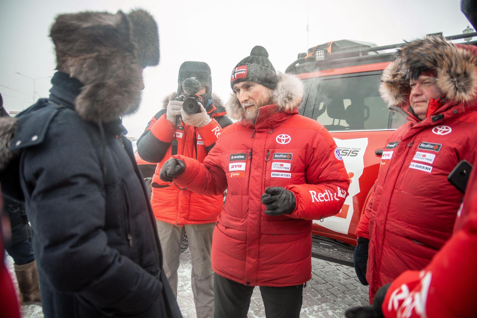 Команда известных автопутешественников вновь отправилась в суровую Арктику