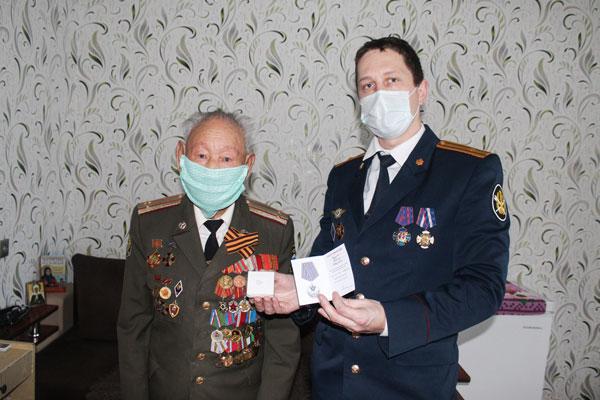 СотрудникиучрежденийУФСИН поздравили ветеранов УИС с Новым годом и Рождеством