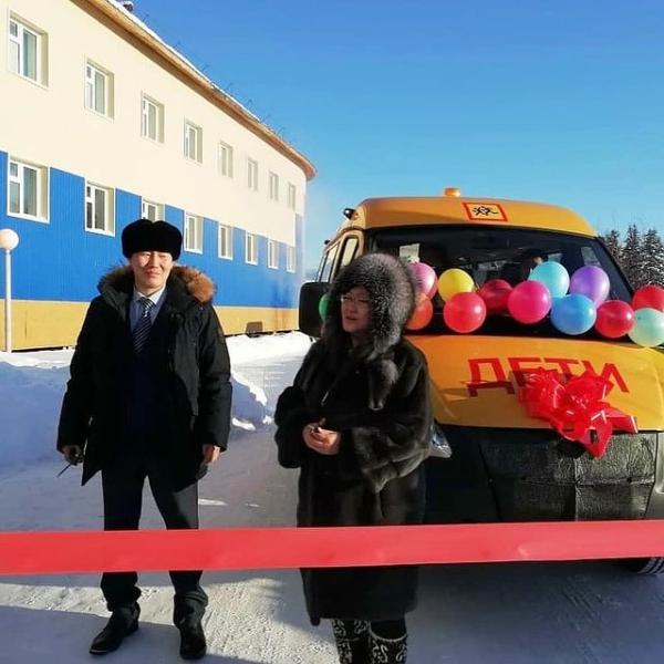 Четыре школы Хангаласского улуса получат новые  автобусы