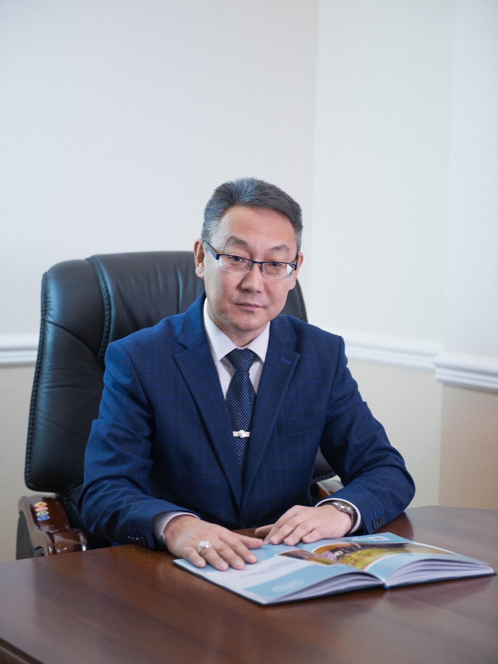 Вриоректора АГАТУ поздравил с Днем российской науки