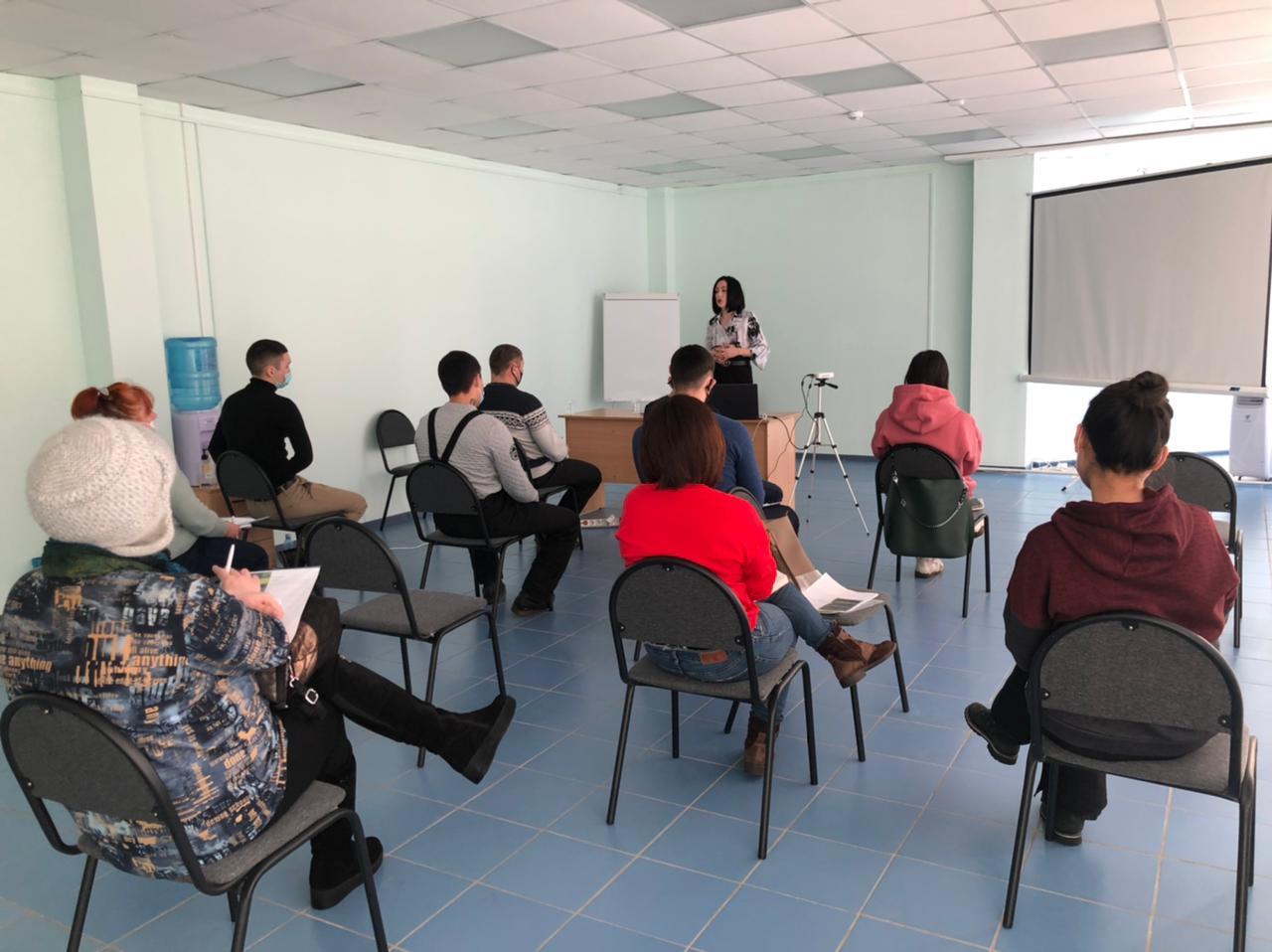 Работа бизнес-инкубатора Ленского района в этом году началась с обучения новичков
