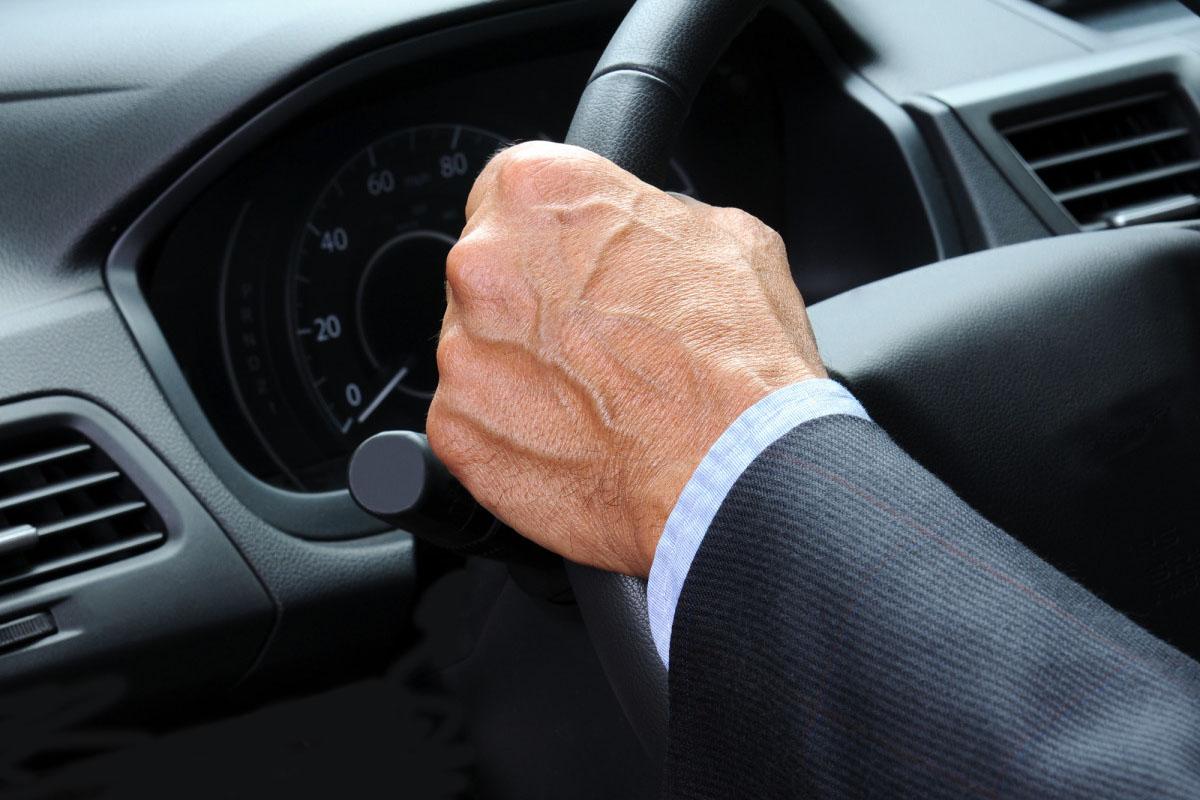 Минздрав Якутии разъяснил о выплатах водителям автобазы правительства