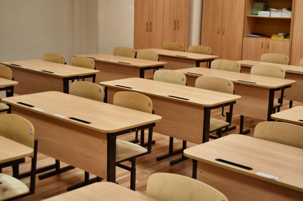 В Якутии десятиклассник ударил  учительницу