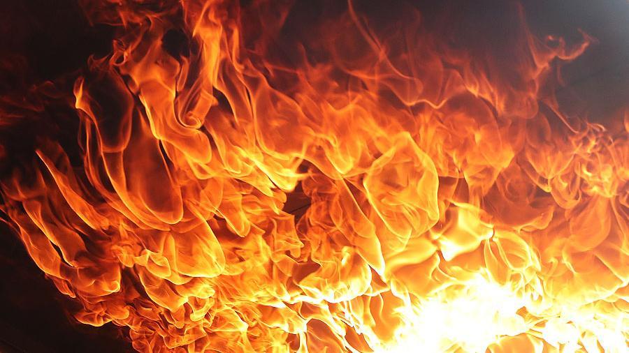 При пожаре в Мирнинском районе погиб человек